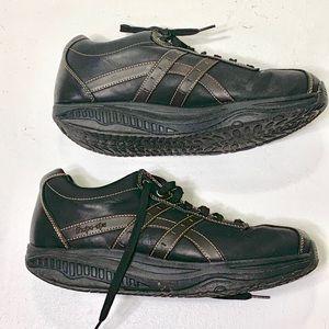 Women's Size 12 Skechers Shape Ups Shoes Original